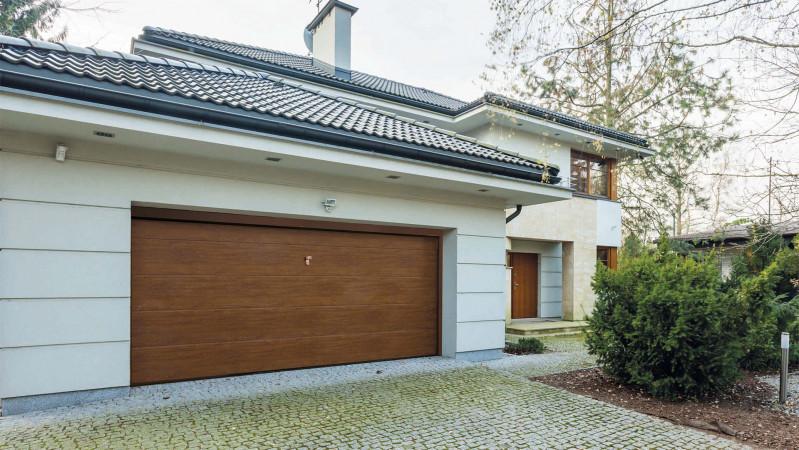 Myfusion viva 400 porte basculanti da garage con pannelli for Garage con ufficio