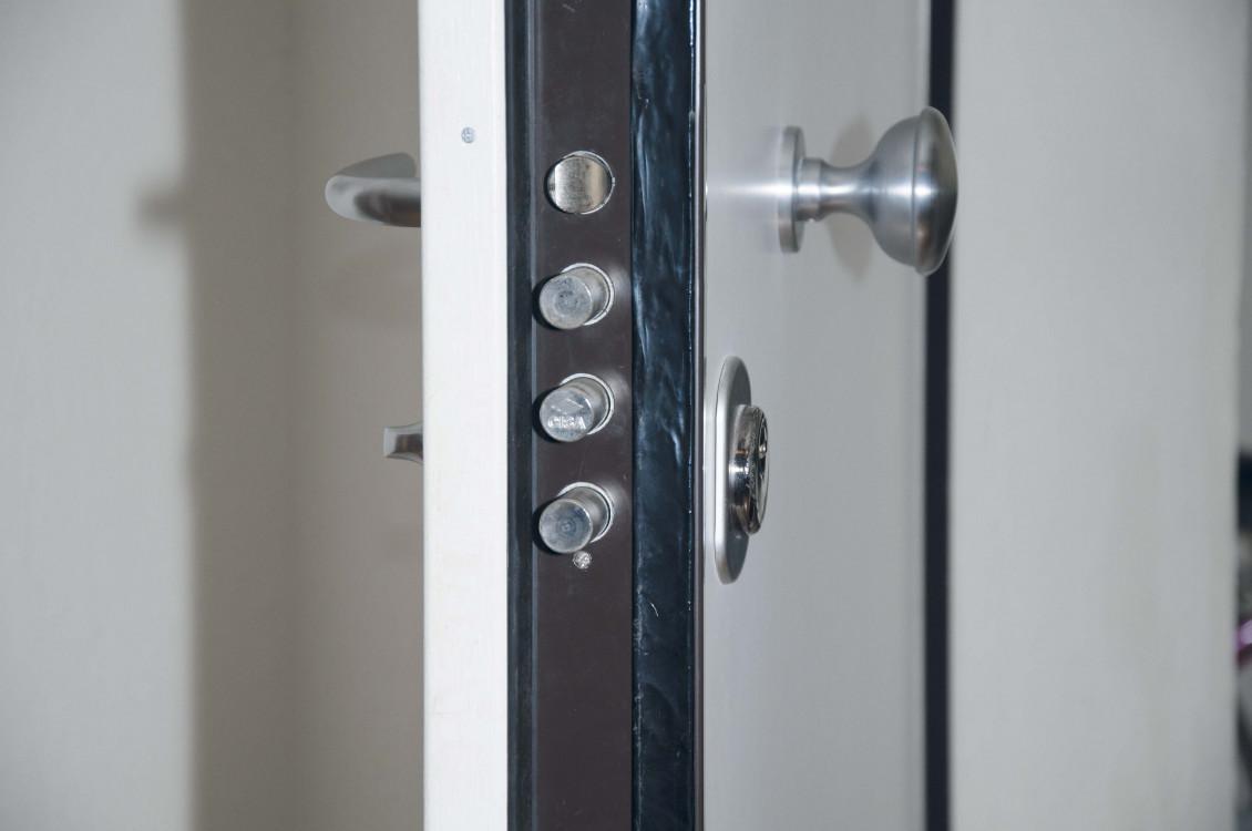 Porte di sicurezza accessori porte di sicurezza ballan for Porte di sicurezza